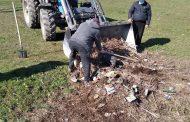 """Curățenie de primăvară la Măcărești.La inițiativa localnicilor, comuna a fost """"lustruită"""""""