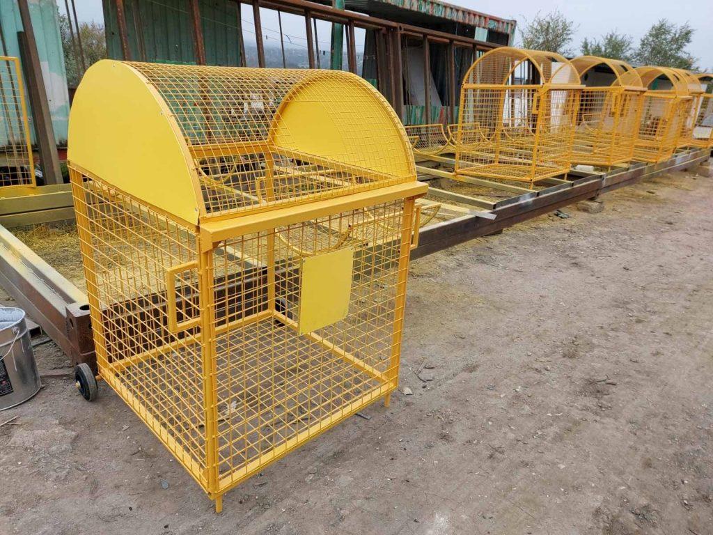 """Așa vor arăta platformele de gunoi care vor fi instalate la Dubăsarii Vechi. Sursa: Asociația """"Iedera – Dubăsarii Vechi"""""""